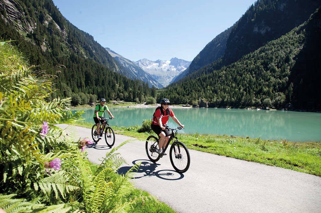 Riding bikes and mountain biking in the Zillertal