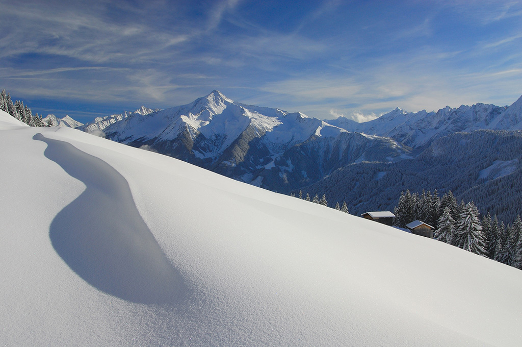 Powder snow and skiing in Mayrhofen is an experience